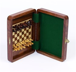 """Continuous"" Magnetic <BR>Wooden Chess Set"